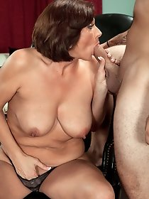 Brunette wife having fun with horny boy