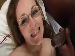 Jiggly Ass Milf Rides the BBC