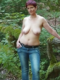Gorgeous old ladies undresses outdoors