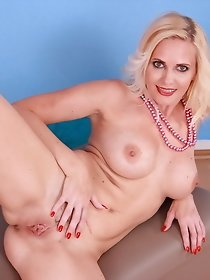 Blonde housewife getting very naughty