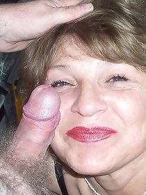 Mature and MILF XXX models in free porn galleries