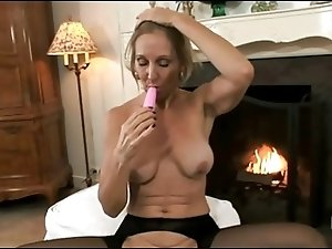 Sexy Mature With Huge Nipples!!!!!!!