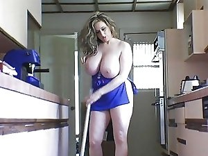 Nice Wife Mature mega boobs busty big clit labia Putzfrau riding