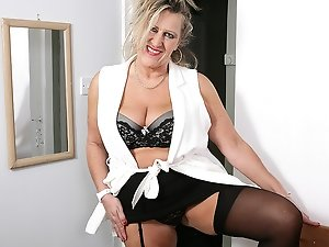 British mature lady getting very naughty