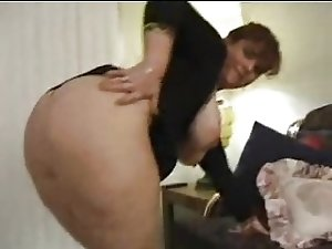 Big ass mommy fucked by hubby's friends